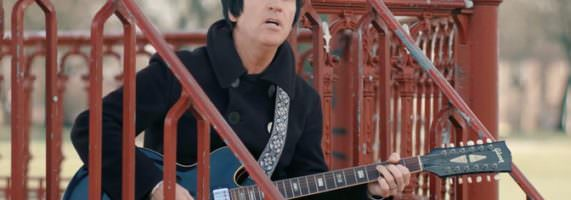 Johnny-Marr-Hi-Hello-571x200.jpg