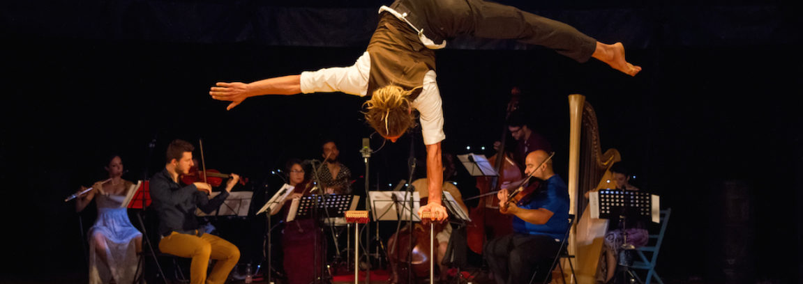 MasNada-Orchestra-Senzaspine-MagdaClan-Circo-foto-stefano-scheda-1-1-1151x408.jpg